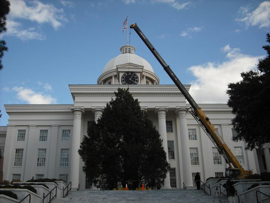 Crane Rentals, Equipment & Concrete Mixing in Alabama from